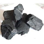 Уголь древесный. фото