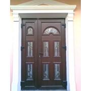 Входные двери с витражами 17 фото