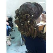 Свадебные и вечерние прически прически в Керчи сделать прическу в Керчи прически услуги парикмахерские. фото