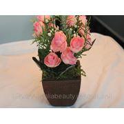 Искусственный цветок «роза» в горшочке фото
