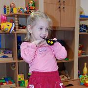 Курсы для детей мастер-класс правильного обращения с живыми бабочками их кормления Киев фото
