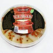 Сельдь филе - кусочки Красные в масле со специями фото