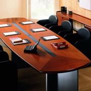 Стол для конференц залов фото