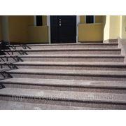 Лестницы из гранитного камня, балясины гранитные, перила Донецк