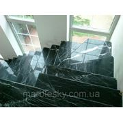 Лестницы из мрамора и гранита под заказ