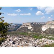 Подъем в горы (Крым) фото