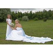 Дизайн и пошив уникальных свадебных платьев изготовление и подбор эксклюзивных аксессуаров фото