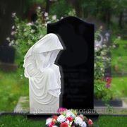 Памятник комбинированный (белый мрамор, черный габбро) фото