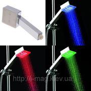 Светодиодная насадка лейка для душа КВАДРАТ 3 цвета датчик темперетуры фото