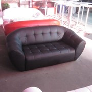Прокат, Аренда дивана черного 3-х местного «Глобус» фото