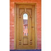 Двери из древесины одностворчатые. фото