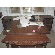 Стіл для менеджерів фото
