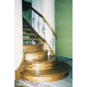 Лестницы деревянные, металические, бетоные Киев фото