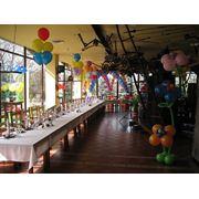 Украшение воздушными шарами - день рождения не грустный праздник.