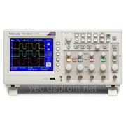 Осциллограф цифровой Tektronix TDS2004C 70 MHz 4 Channel Digital Storage Oscilloscope фото