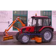Трактор Беларус-92П с гидроманипулятором ОРС-30.01 и навесным оборудованием снегоочиститель шнеко-роторный РЗ- фото