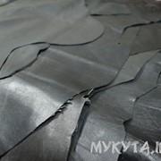 Кожа черная одежная (сток по 1-3 шкурки) фото