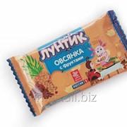 Батончик-мюсли Лунтик Овсянка с фруктами без глазури, 40г фото