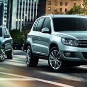 Автомобиль Volkswagen Tiguan фото