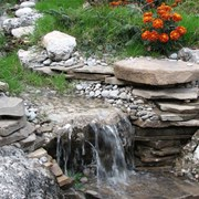 Искусственные водопады и искусственные водоемы фото