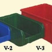 Пластиковые контейнеры и ящики фото