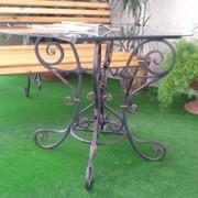 Стол и скамейка кованые фото