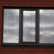 Деревянное окно 1400*2100 с золотой раскладкой. фото