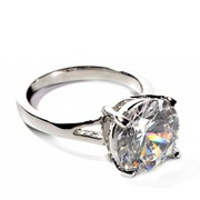 Золотое кольцо с бриллиантом каратность 4ct фото