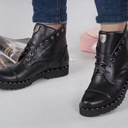 Женские кожаные ботинки с декором. ДС-41-1018 фото
