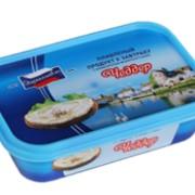 Пастообразный плавленый продукт в пластиковом контейнере К завтраку Чеддер фото
