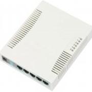 Роутер MikroTik RouterBOARD RB260GS, 5-port Gigabit smart switch with SFP cage, SwOS, plastic case, PSU 1114 фото