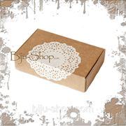 """Упаковочная коробка """"Кружево"""" средняя. Плотный картон украшен кружевной аппликацией. 13х8х3 см фото"""