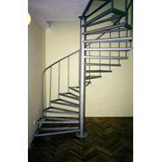 Винтовые лестницы из нержавейки. фото