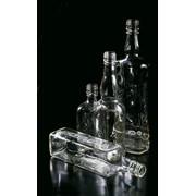 Узкогорлая тара для ликероводочных изделий из полубелого тарного стекла фото