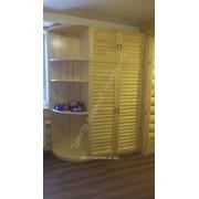 Шкаф из натурального дерева фото