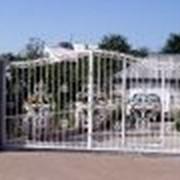 Ворота, перила, решетки, заборы, двери, садово-парковая мебель фото