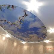 Двухуровневый натяжные потолки с фотопечатью фото
