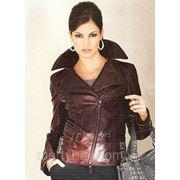 Осенние куртки с ассиметричной застежкой. фото