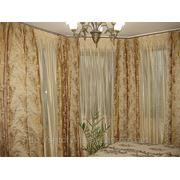 Золотые шторы в спальню фото
