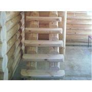 Ступени деревянные. фото