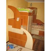 Кровать двухспальная + стенка фото