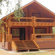 Деревянный дом (из бруса, рубленного бревна, оцилиндрованного бревна, клееного бревна) фото
