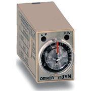 Миниатюрный аналоговый таймер OMRON H3YN фото