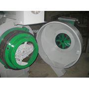 Гранулятор ОГМ 08 (восстановленный). Гранулятор кормов грануляторы для комбикорма. Предназначен для получения гранул из комбикормов отрубей опила травяной муки а также в зависимости от нужд потребителя иных исходных материалов фото