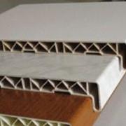 Подоконик ПВХ от 100 мм до 800 мм (ребра елочка) фото