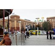 Реклама на видеоэкране пл. Ленина/напротив ТК Пассаж, ЦУМ, ТЦ Европа, Карусель фото