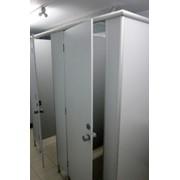 Планирование возводимых сантехнических перегородок из алюминиевого профиля фото