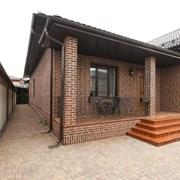 Отделка фасадов кирпичом от УютСтройКараганда фото