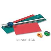Нож для бумаги со сменным лезвием и железным наконечником фото