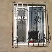Решетки металлические на окна фото